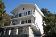 Трехэтажный дом в п.Сутоморе !