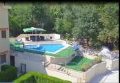 Большой апартамент на вилле с бассейном