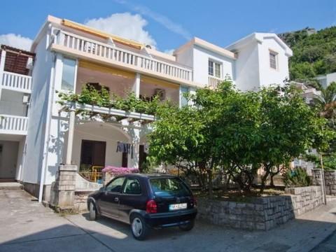 Апартаменты  в Рафаиловичи в 20м от пляжа