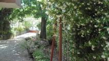 Этаж дома в Баре с садом