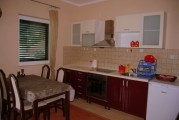 Трехкомнатные апартаменты в Тивате
