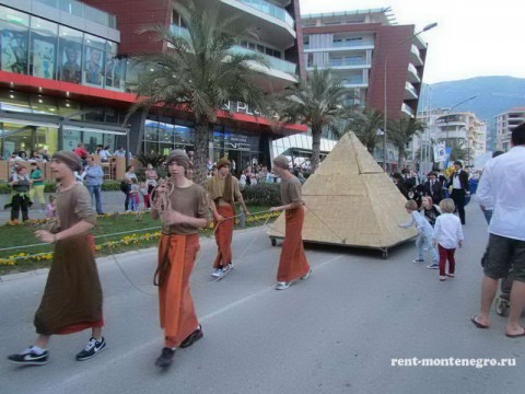 Карнавал в Будве