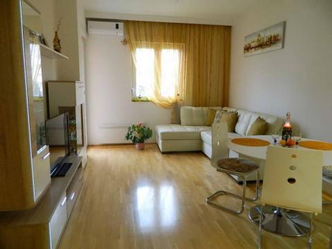 Сдается  двухкомнатная квартира в Будве