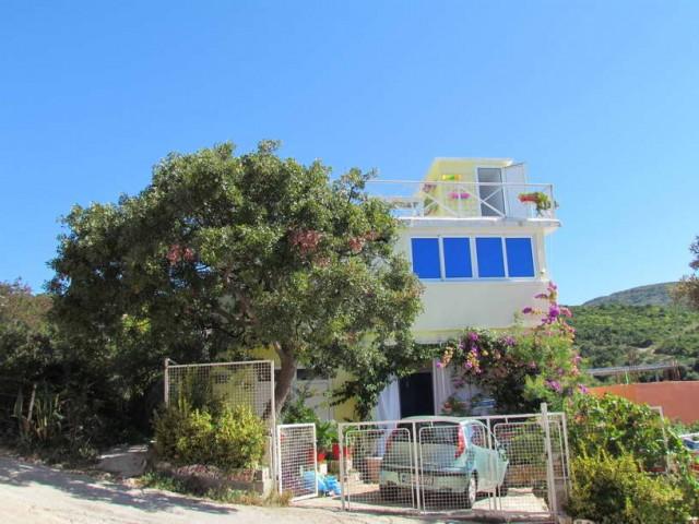 Двухэтажный дом в п.Добра Вода