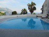 Вилла с бассейном в Бечичи