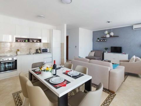 Апартаменты в аренду в Бечичи