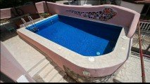 Дом с бассейном в Будве